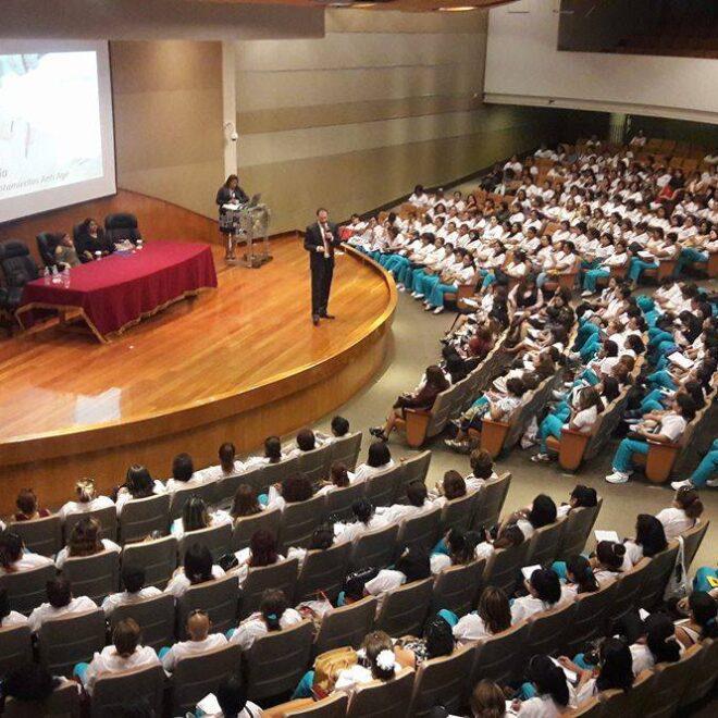 Conferencia en Jornada Internacional Mujeres en Acción. Lima, Perú, 2017.